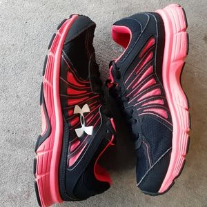 Under Armour Shoes - Like New Under Armour Womens 4D Foam Running Shoes